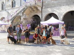WEEK END CON FIDO  Un weekend di relax con il proprio cane. In Friuli, in un hotel attrezzato per i nostri piccoli amici, trascorreremo un bel fine settimana a spasso con altre persone ed i loro fedeli compagni. Una vacanza a 6 zampe per condividere, scoprire ed imparare a capirsi meglio.  Scopri di più: Week  end con Fido